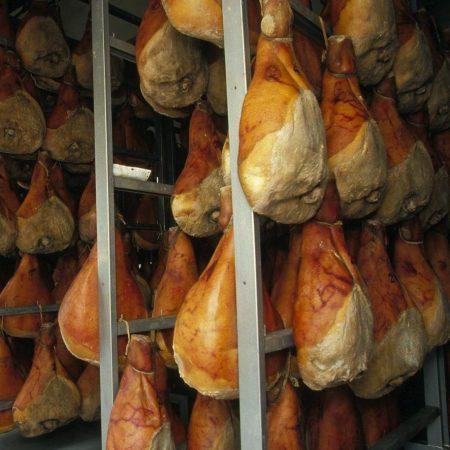 Carnia - Gastronomia - Prosciutto di Sauris